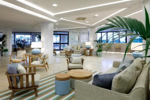The lounge or bar area at Grand Palladium Sicilia Resort & Spa All Inclusive - Opening 2021