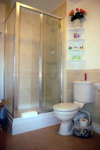 A bathroom at Ladysmith Complex - 8 Bedrooms