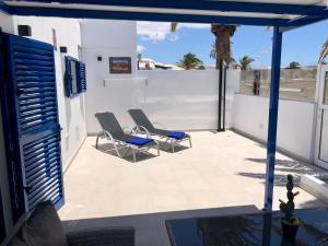 A balcony or terrace at SEA FRONT Apartamento frente al mar