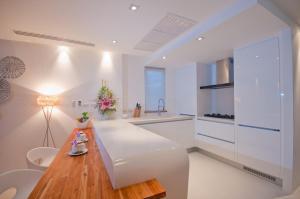 Køkken eller tekøkken på Panu Luxury Apartment