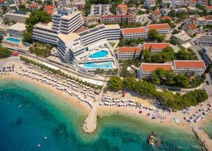 A bird's-eye view of Medora Auri Family Beach Resort