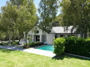 The swimming pool at or near Franschhoek Rose Cottages
