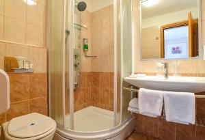 A bathroom at Boutique Hotel Santa Maria