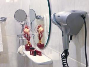 A bathroom at Hotel Haus Kaiser
