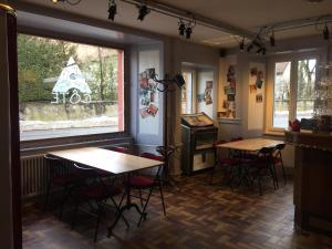 Restaurant ou autre lieu de restauration dans l'établissement A CÔTE