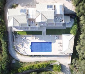 Θέα της πισίνας από το Spileo House Boutique Apartments - Adults Only ή από εκεί κοντά
