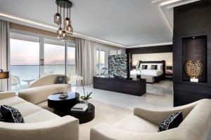 Гостиная зона в Fairmont Fujairah Beach Resort