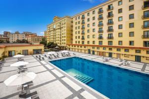 A piscina localizada em Hyatt Regency Baku Residences ou nos arredores