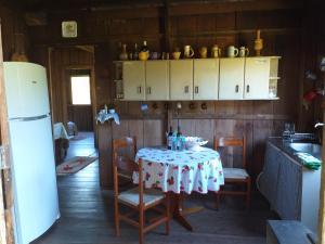 A kitchen or kitchenette at Kanika's Pub
