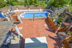 Utsikt över poolen vid La Posada eller i närheten