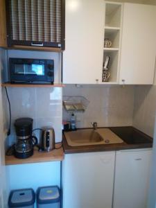 Küche/Küchenzeile in der Unterkunft Ferienwohnung Im Wiesenthal