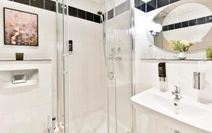 Ванная комната в City Hotel Meckenheim
