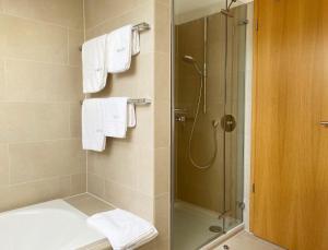 A bathroom at Bergzeit Ferienwohnungen