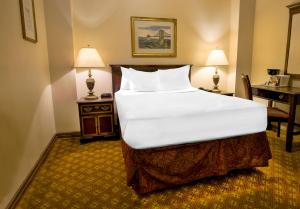 A bed or beds in a room at Night Hotel Broadway
