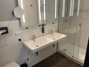 Ein Badezimmer in der Unterkunft Loftstyle Hotel Hannover; Best Western Signature Collection