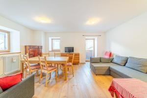 A seating area at Appartamenti Al Molin