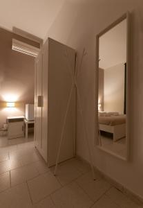 A bathroom at Living Salerno B&b