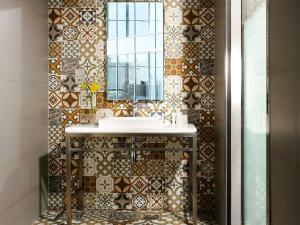 Koupelna v ubytování Ibis Styles Dubai Jumeira