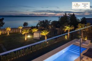 Pogled na bazen u objektu Villa Calma ili u blizini