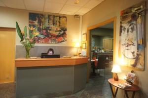 El vestíbulo o zona de recepción de Hotel MR