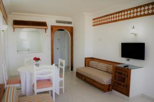تلفاز و/أو أجهزة ترفيهية في Residence Ain Meriem