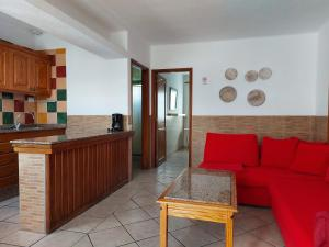 A seating area at Apartamentos Acuario Sol