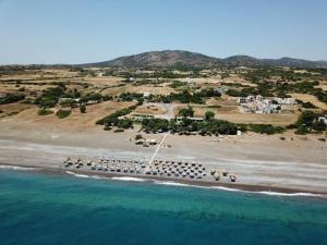 Ett flygfoto av Mojito Beach Rooms