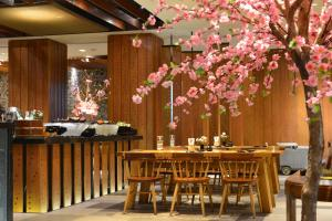 A restaurant or other place to eat at Swissotel Bangkok Ratchada