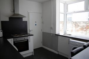 A kitchen or kitchenette at Bursar Street 19