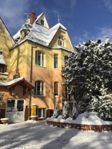 Obiekt Hotel Cis zimą