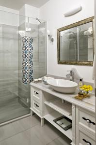 A bathroom at Nexthouse Pera Hotel