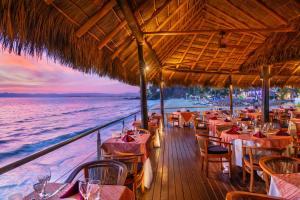 A restaurant or other place to eat at Hyatt Ziva Puerto Vallarta