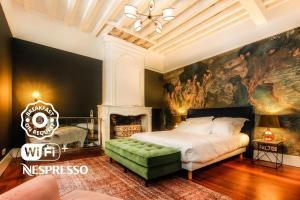Ein Bett oder Betten in einem Zimmer der Unterkunft Maison Fredon Bordeaux Centre