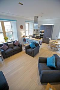 A seating area at Northlight Apartments - The Loom