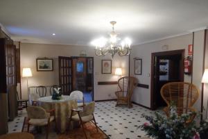 A seating area at Hotel Los Hidalgos