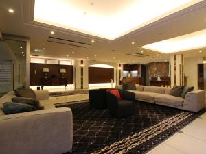 A seating area at Suidobashi Grand Hotel