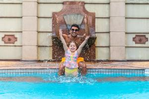 Children staying at Mercure Sao Paulo Ibirapuera Privilege