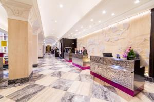 The lobby or reception area at Swissôtel Resort Sochi Kamelia