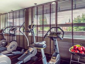 The fitness center and/or fitness facilities at Hotel Mercure Gdańsk Stare Miasto