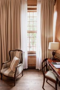 A seating area at Cape Heritage Hotel