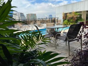 The swimming pool at or near Transamerica Executive Faria Lima