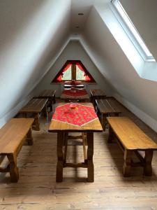 Restauracja lub miejsce do jedzenia w obiekcie Murań