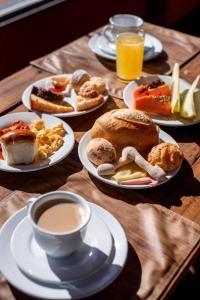 Opções de café da manhã disponíveis para hóspedes em Pousada Canyons