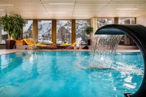 The swimming pool at or close to Eiger Mürren Swiss Quality Hotel