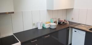A kitchen or kitchenette at Lavan