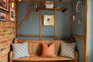 A seating area at Woodleys Farmhouse