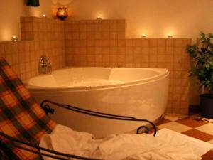 Ein Badezimmer in der Unterkunft Pension Seeblick