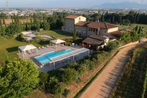 A bird's-eye view of Resort Casale Le Torri