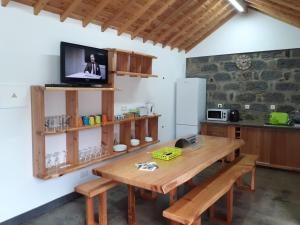 Küche/Küchenzeile in der Unterkunft Basaltic Guest House Achadinha