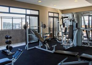 The fitness center and/or fitness facilities at Estanplaza International